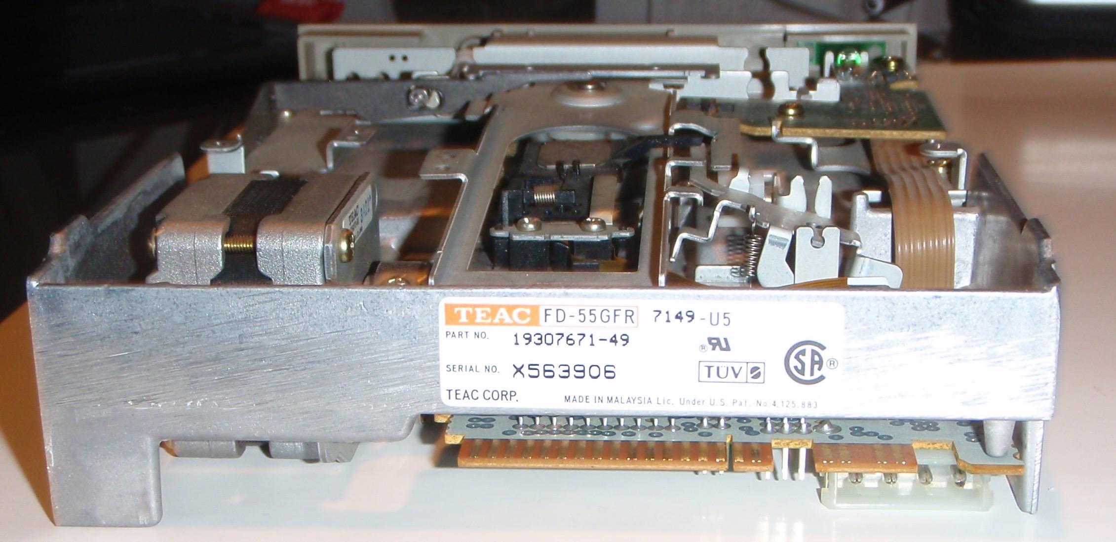 TEAC FD-55GFR derrière